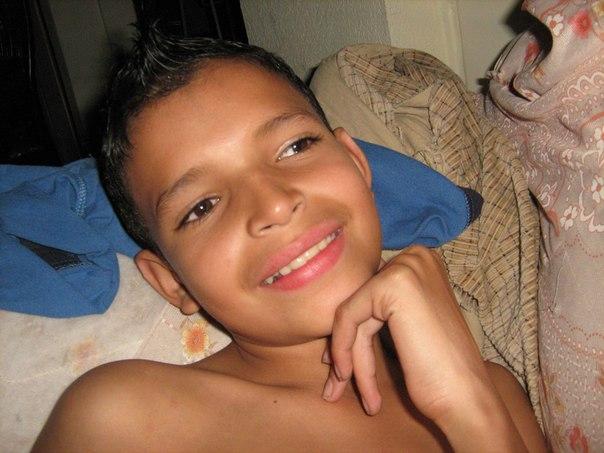 Alex-Sebastian Perez updated his profile picture: