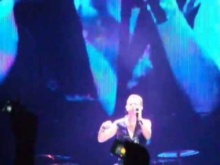 Depeche Mode - Shake The Disease (live in Minsk, Minsk-Arena, 29.07.2013)