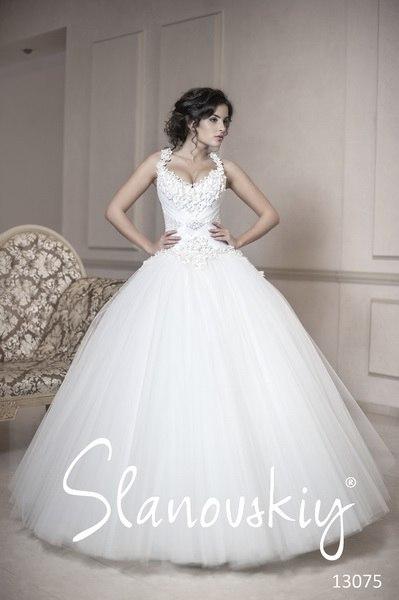 2a024c99136292 пишні весільні сукні фото 2013
