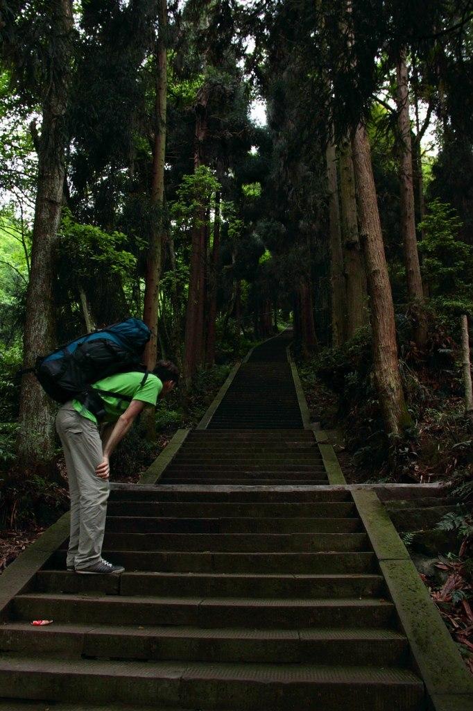 Лестницы на Эмэйшань