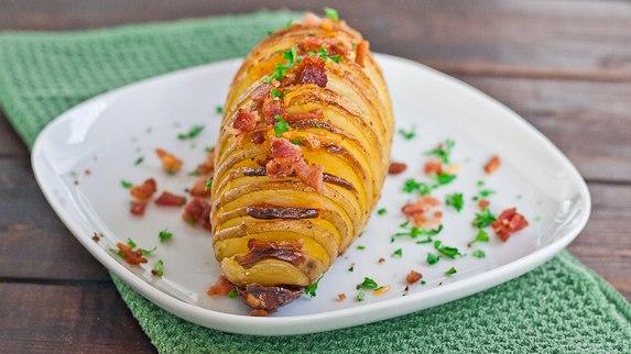 Картофель запеченный с беконом в духовке рецепт