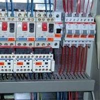Прокладка - телефонных линий, антенного кабеля, компьютерных сетей.  Навеска люстр, светильников, сборка щитов.