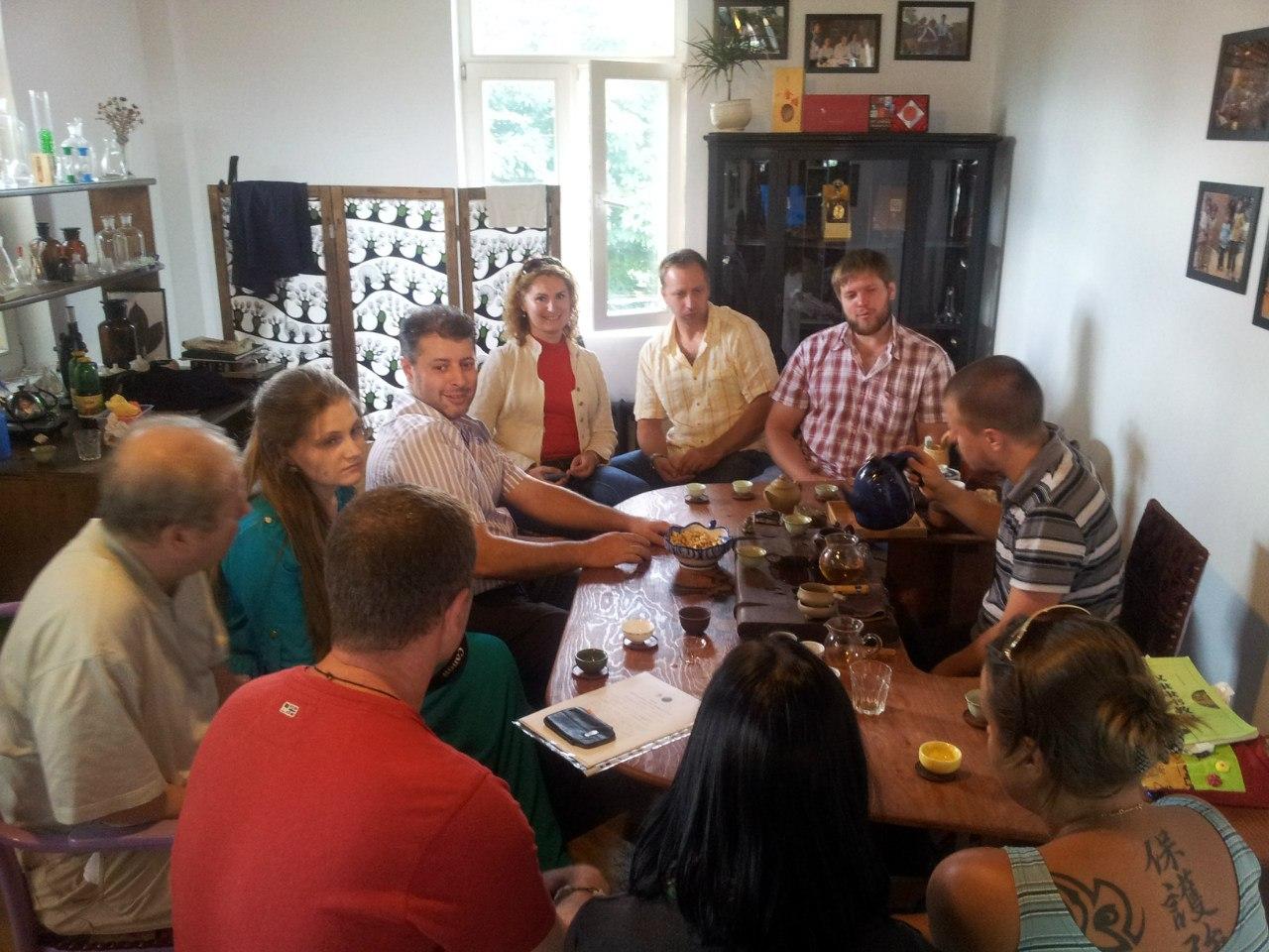 Пьём Пуэр в компании интереснейших чайных людей из разных городов