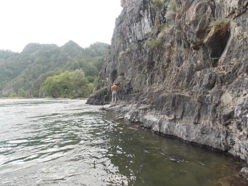Живописные скалы