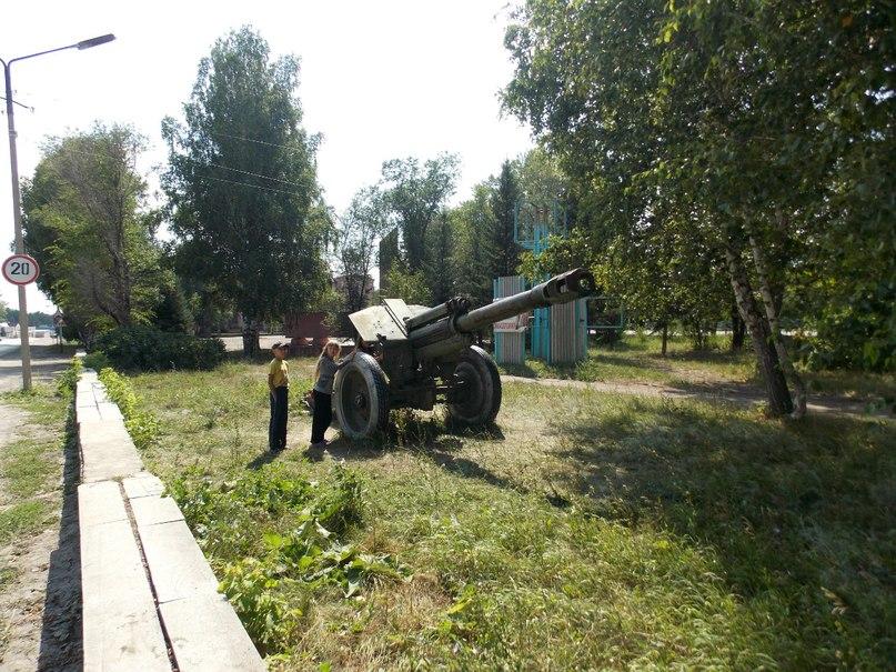 Родину Михаила Калашникова теперь охраняет пушка