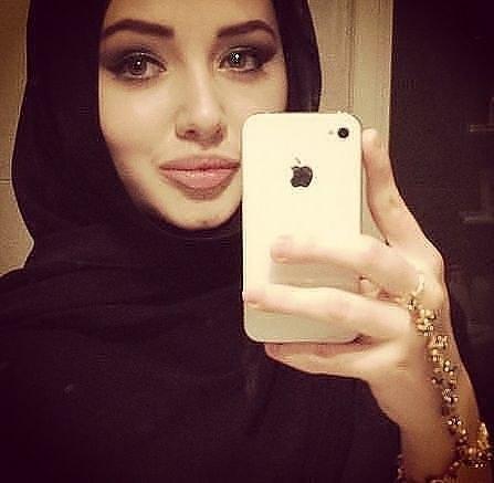 очень красивые голые кавказские девушки