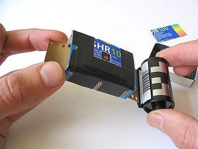 """Инструкция в фотографиях.  Пожалуйста, оцените новость  """"Как сделать фотокамеру своими руками (30 фото)..."""