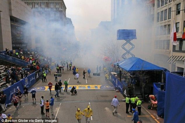 Финишная черта Бостонского марафона