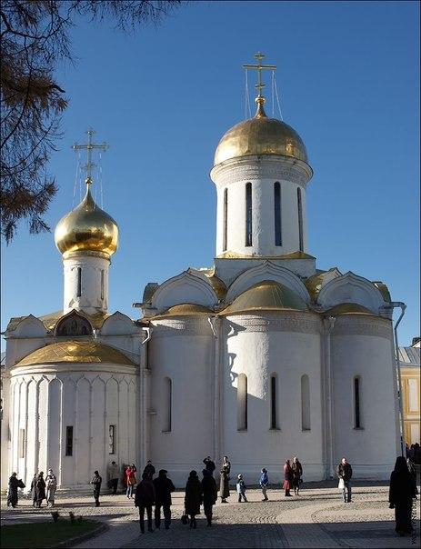 Где находится свято-троицкая сергиева лавра