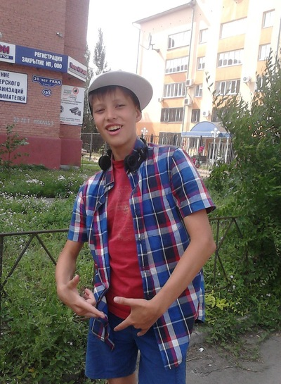 Артём Султанов, 27 июня 1999, Омск, id160878114