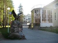 Расположение: Отель Райвола Ленобласть - великолепное место для отдыха, которое находится в пос. Рощино Курортного...