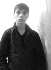 Жора Радов, 17 июня 1996, Калининград, id195589770