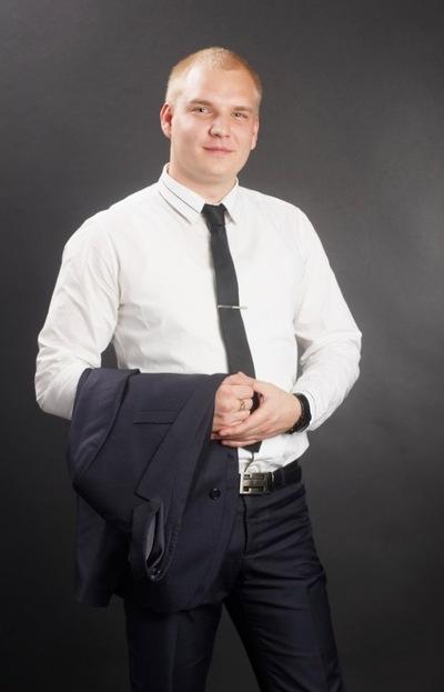 Макс Сергеев