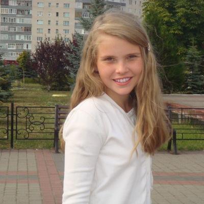 Таня Руднік, 4 июля , Кузнецовск, id173523589