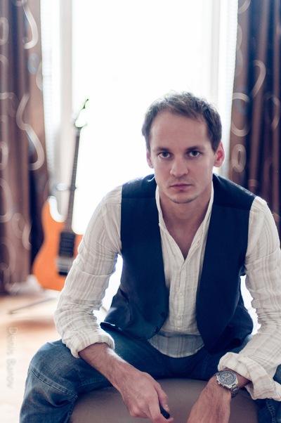 Денис Баров