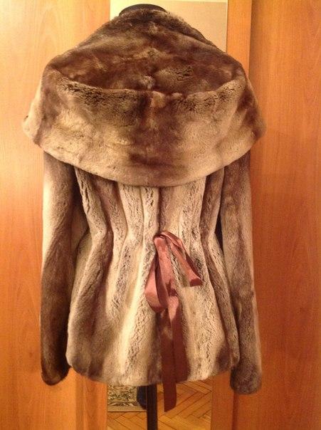 Фотография 1. Норковая шуба с капюшоном - фотография 1.