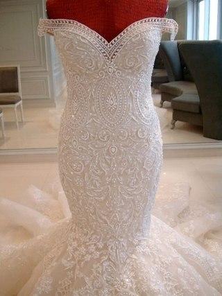 Какое платье на каком платье будет