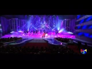 Don Omar - Tus Movimientos / Dutty Love / Hasta Que Salga El Sol @ Premios Soberano (2013)