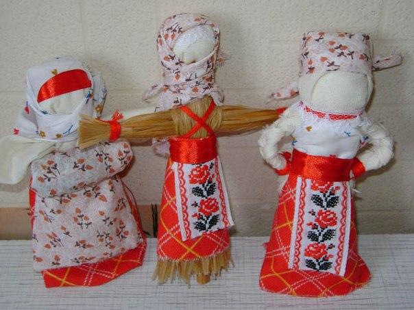 Тряпичная кукла играла основную роль в жизненном укладе русских людей.  Кукла была символом продолжения рода и в ней...