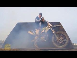 stunt freaks team killing it (русский перевод)