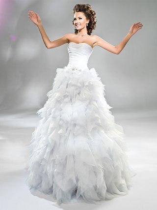 ***Свадебный салон КАПРИЗ НЕВЕСТЫ***свадебные платья от Pronuptia Paris, ...