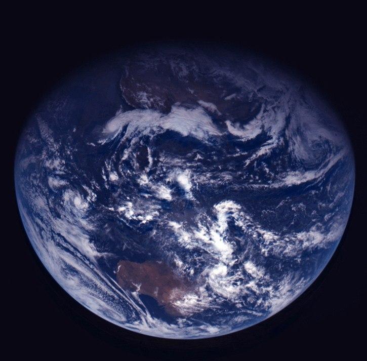 Земля глазами астероида