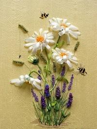 Вышивка цветов на ткани 190
