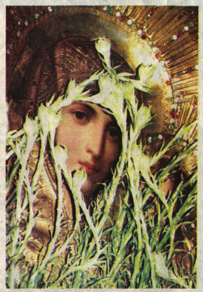 Лилии растут на иконе в селе Кулевча