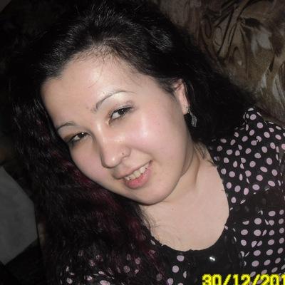 Анара Уразова, 8 апреля 1988, Мукачево, id210077060