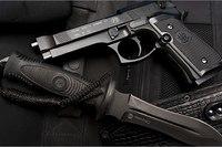 Beretta 92 FS пневматический пистолет на CO2.  Сделан точной копией настоящего, в смысле огнестрельного Beretta 92...