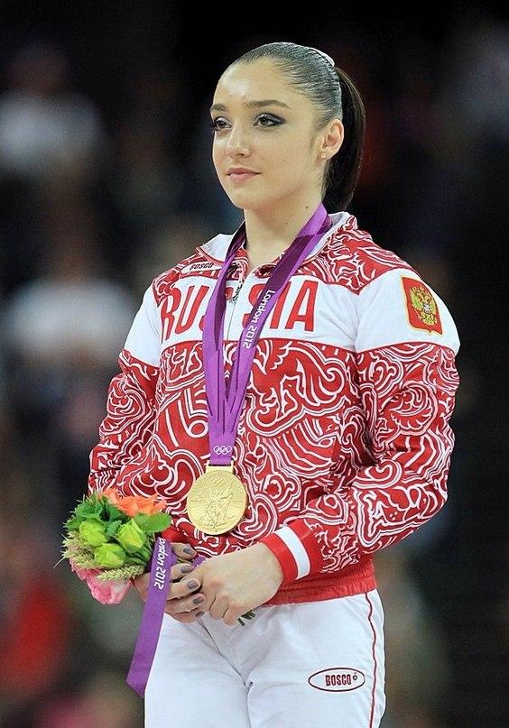 Знаменитые российские спортсменки фото прочитал внимательно