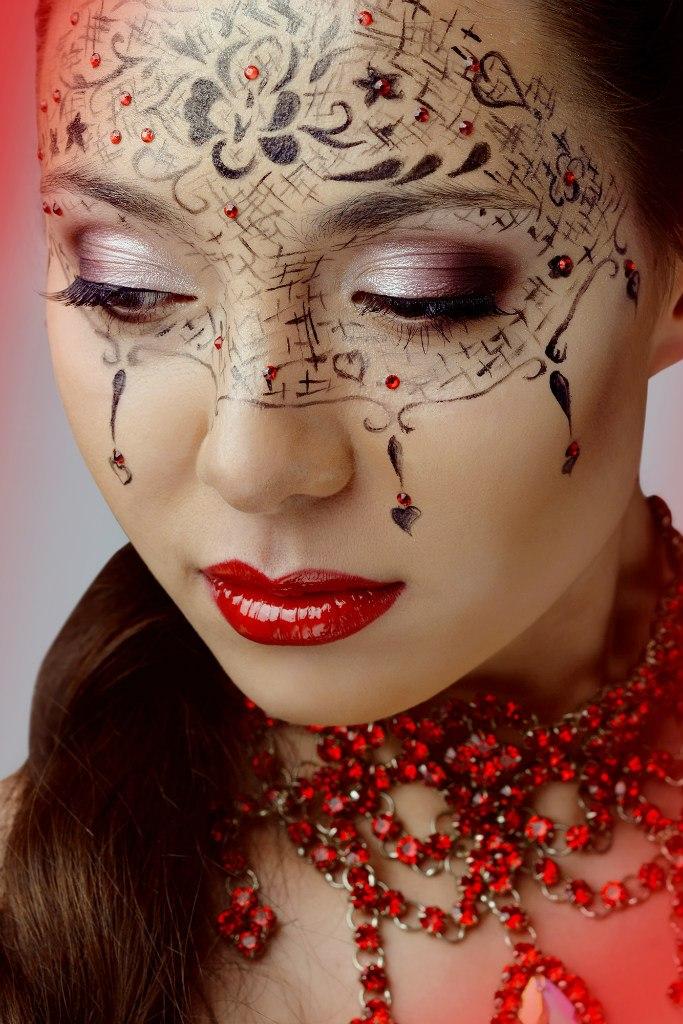 Карнавальный макияж это