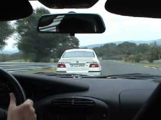 Sabine Schmitz (BMW M5 e39) vs Porshe 911 GT3