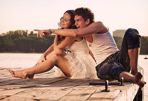 сочинение любить это значит смотреть не на друг друга а смотреть вместе в одном направлении