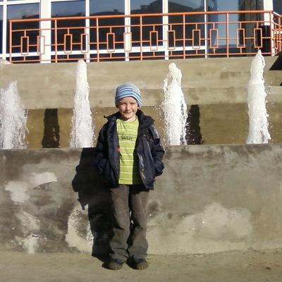 Никита Глушаков, 25 февраля , Саянск, id201043818