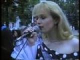 Смотреть видео клип Михаил Круг на песню Я люблю тебя, когда ты далеко (концерт) via music.ivi.ru