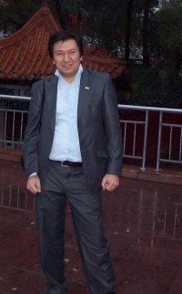 Рустам Абдукаримов, Душанбе