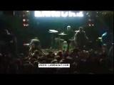 Emmure Frontman Frankie Palmeri Faints On Stage After Electric Shock [VIDEO]