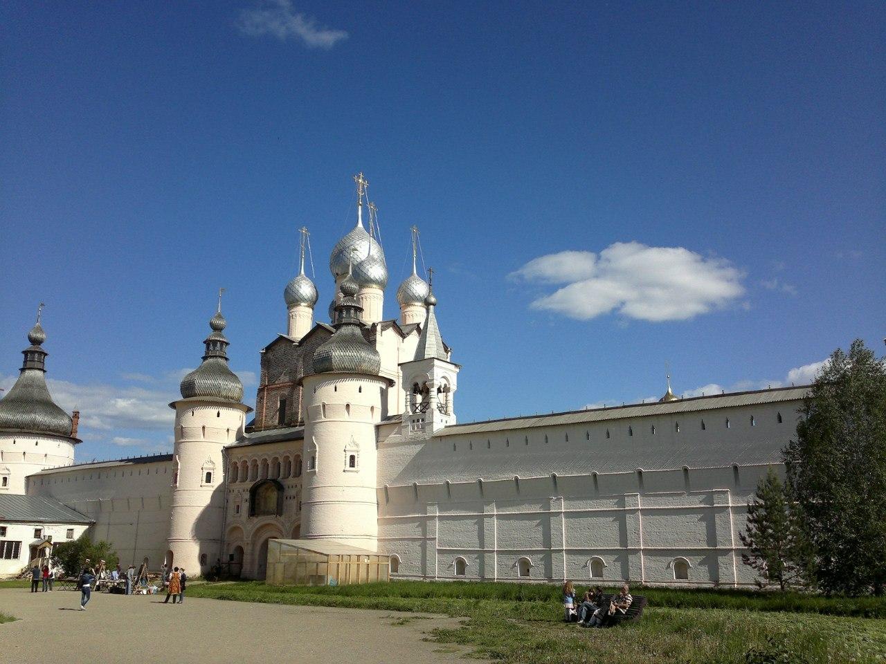 KA71XxwUELI Ростовский кремль.