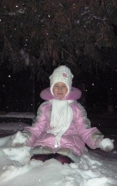 Алина Калиненкова, 22 февраля , Ялуторовск, id188141795