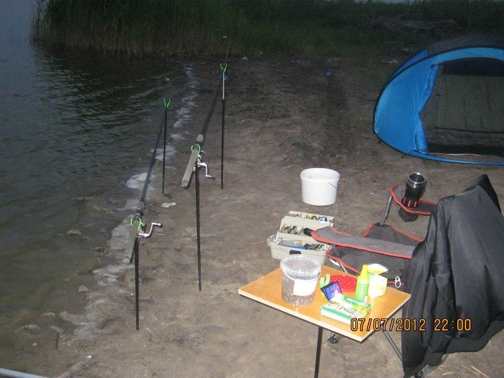 Рыболовный столик для насадок своими руками 74