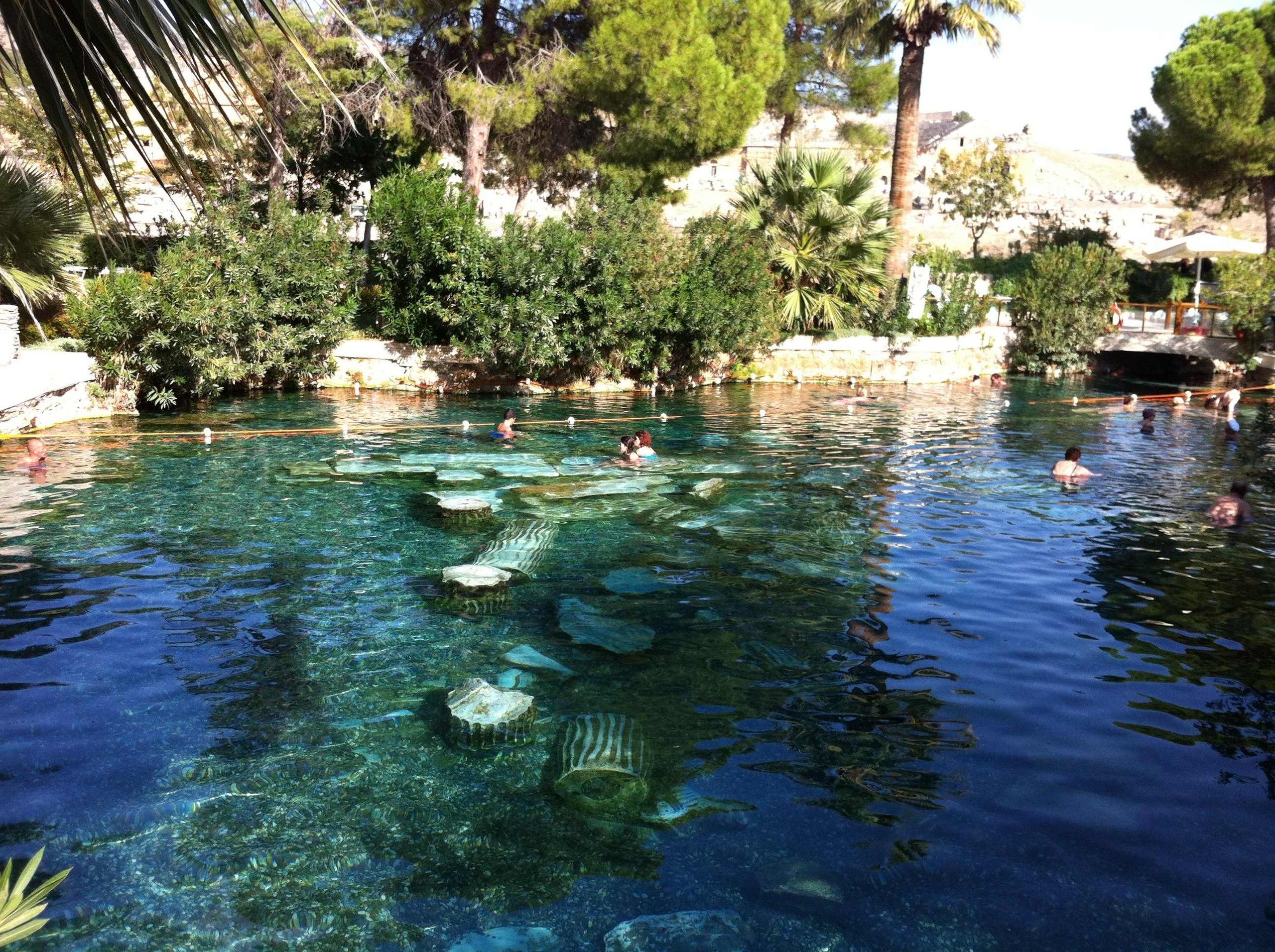 Памуккале: бассейн Клеопатры