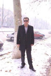 Elmurod Tursunov, Китаб