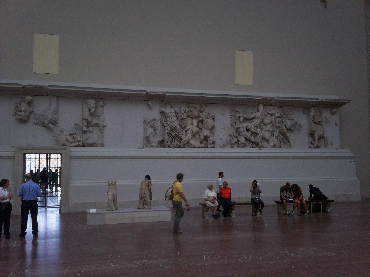 Елена Руденко. Германия. Берлин. Музей Пергамон. 2013 г. июнь. T65UbGa6q2w