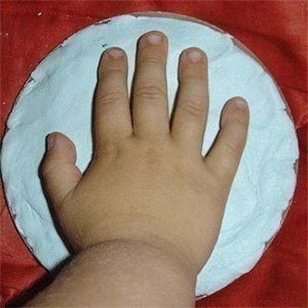 Как сделать слепок детских рук и ног