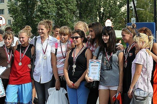 Сдюшор №13 Девченки))