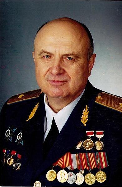 Генерал петров основатель кпе в контакте