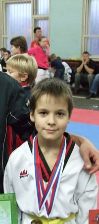 Алан Кисиев, 17 марта 1999, Москва, id18400766