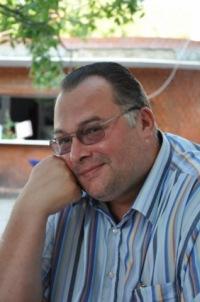 Константин Заварзин
