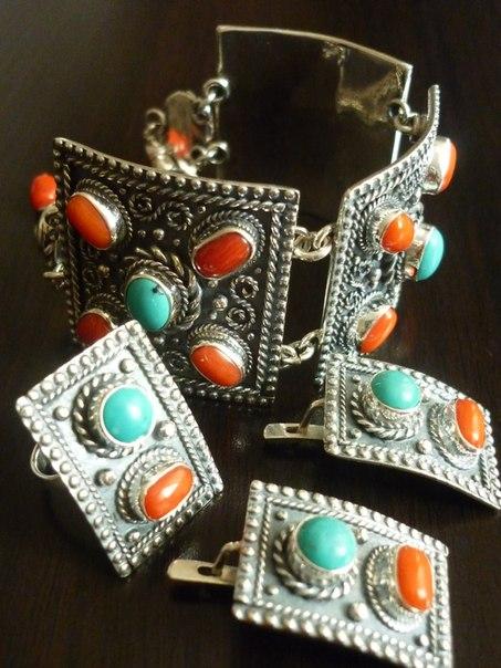 Серебряные украшения с натуральными камнями в дагестане